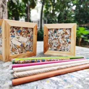 Waste Recycled Products – ECO BOARDS PEN STAND