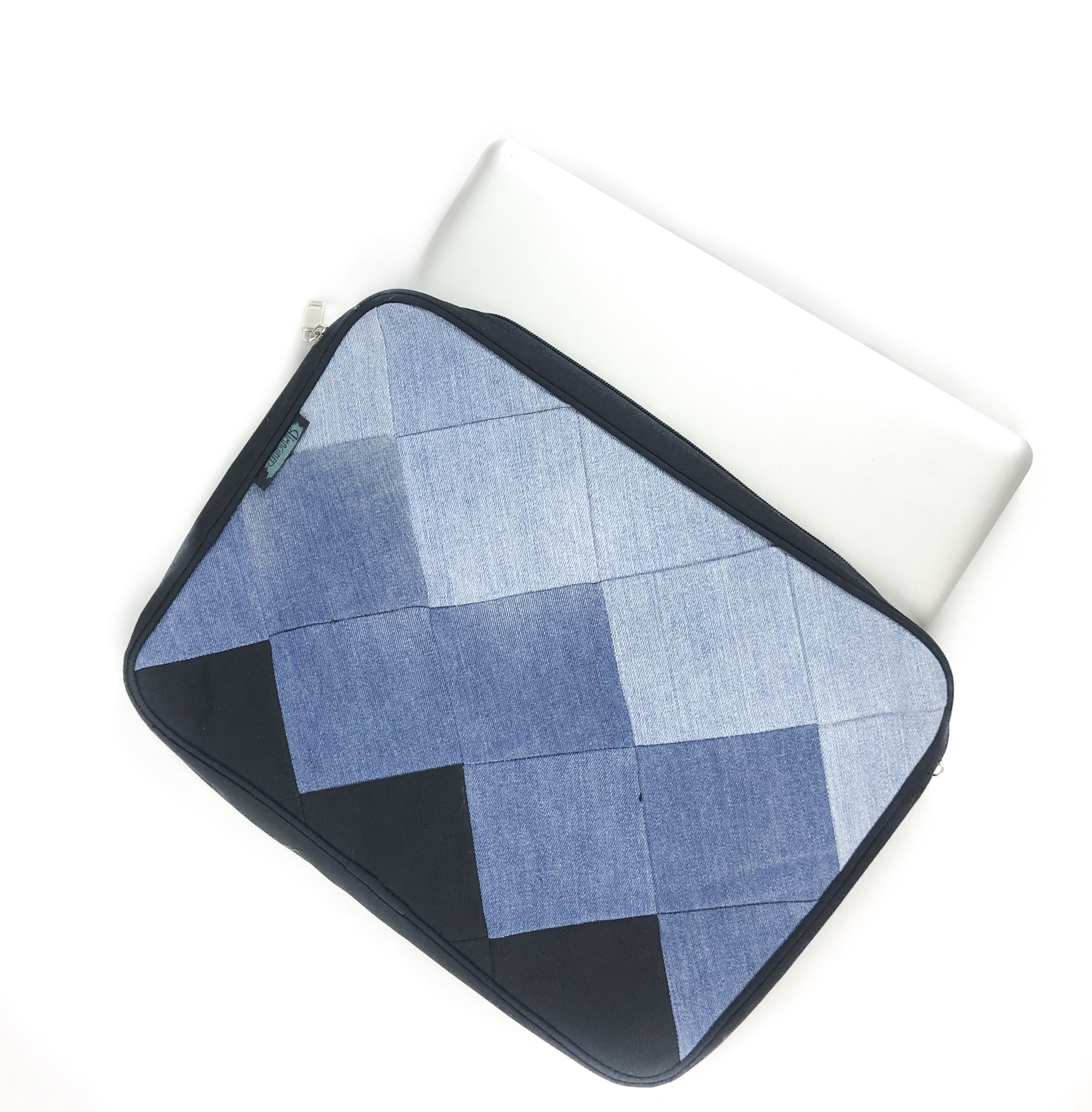 Waste Recycled Products – DENIM LAPTOP SLEEVE (SQUARE PATCHWORK)