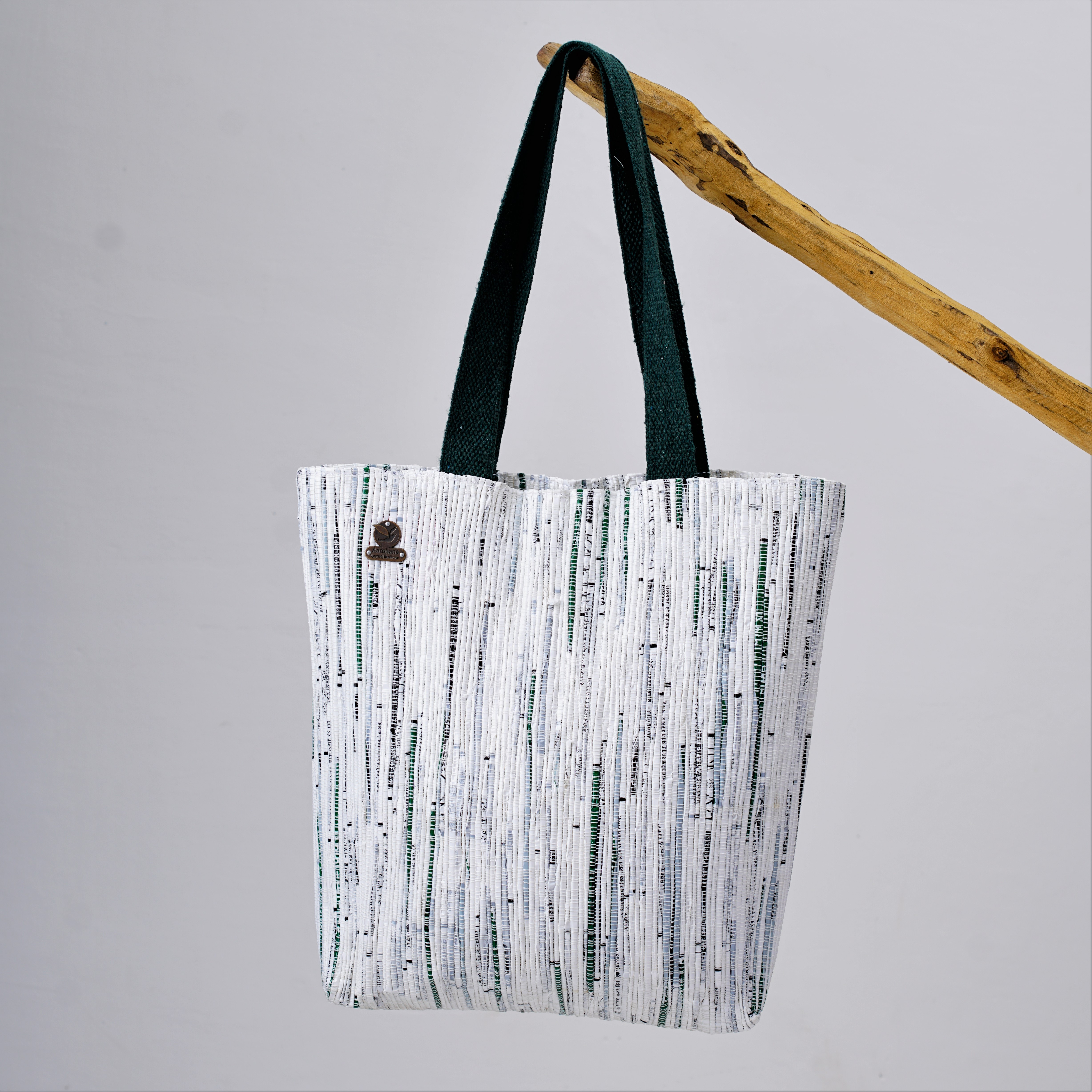 Waste Recycled Products – TOTE BAG - WHITE & GREEN